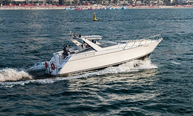 3 Hour Charter Special Offer. Only AED 400 per hour! The Hour Cruise on a 38 foot luxury Boat for up to 10 people for only AED 1,199.