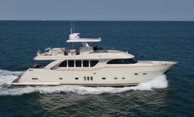 Yacht Charter for up to 50 people. On a spacious 80 foot Yacht from only AED 1,099 per hour.