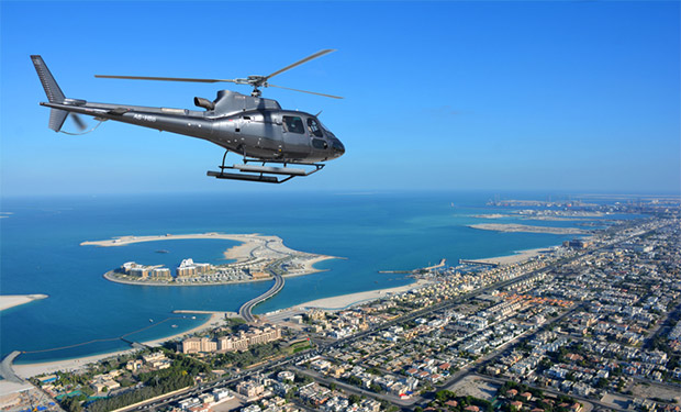 Private Helicopter Tours for up 4 passengers from only AED 2,595. Have an amazing experience together with friends or family.
