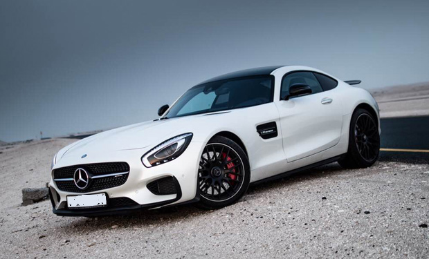 Rent a mercedes benz amg gt s 2016 model v8 biturbo top for Mercedes benz amg v8 biturbo